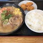 じゃじゃ亭 - 海老味噌ラーメン定食  980円(税込)