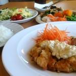 ファームレストランまきば - 野菜とドリンクのバイキングとがうれしい