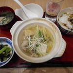 82639827 - 鶏鍋定食¥800-