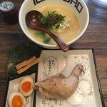 82640433 - 特級鶏そば(1280円)