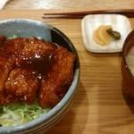 ファットリア こもと - ソースカツ丼ハーフ