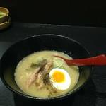 〆ラー - 鶏白湯ラーメン 750円