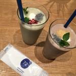 72°ジューサリー + カフェ バイ デイヴィッドマイヤーズ - Super Food Smoothie Cocktail
