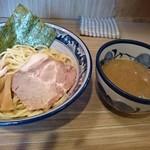 秋葉原つけ麺 油そば 楽 - つけ麺 普通盛
