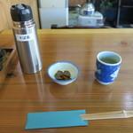 玄庵 檜原 - そば茶と漬物