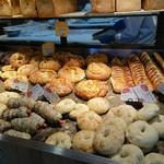 ハート ブレッド アンティーク - パン③(まだまだ撮りきれない種類のパンがありました!!)