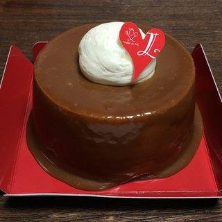 レジェール - 料理写真:生キャラメルシフォンケーキ