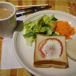 アペティート カフェ - ◆ベーコンエッグトースト・ドリンク付(600円)