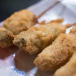 串のこたに - 2018.3 牡蠣(2本 259円)、肉しそ巻(2本 259円)