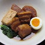 ダイニングバー和 - トロトロで超美味しい豚の角煮。