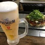 お好み焼 きゃべつ - ビール