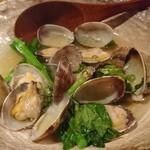 東岡崎魚酒場 どぉーん - アサリと菜の花の酒蒸し