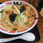 ラーメン屋 壱番亭 - 野菜たっぷり白味噌ラーメン 950円