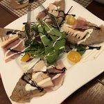 ビーダブリュー カフェ - 北海道産生ハムのガレット