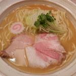 MENYA BIBIRI - 魚介鶏そば(塩)