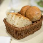 ラ・ベットラ・ダ・オチアイ - 2018.3 パン