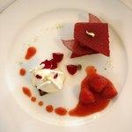 レストラン クレッセント - 苺のフィアンティーヌ