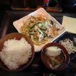 なんちち食堂 - ふーちゃんぷるー定食900円