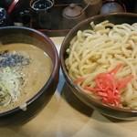 竹屋 - つけ麺(ごまみそ、大)。