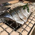 わら焼・串焼ダイニング 焼名人 - 炙り〆さば