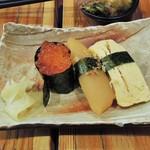 満マル - 握り寿司(いくら、数の子、玉子)