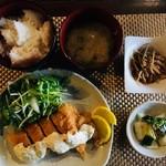 チキンカツタルタル定食