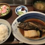 82691678 - 本日の煮魚定食