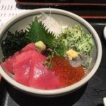 82692195 - 三味丼(2300円)