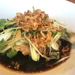 鉄板中華 青山シャンウェイ - 蒸し鶏の葱醤油