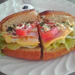 マゴーズ サンドウィッチ - 卵&ハムサンドウィッチ450円。プランスパン版!