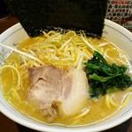 中島家 - 料理写真:ネギラーメン 830円