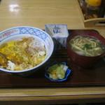 沖縄料理 ふる里 - 「カツ丼セット」です。