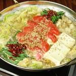 地鶏本格炭火焼 焼き鳥 南 - ◆辛子明太子をドン!と迫力満点のもつ鍋
