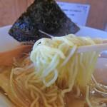82706490 - 細麺と太麺が選べます