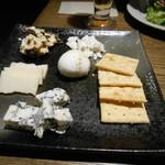 SALVATORE CUOMO&BAR - チーズ♡