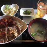 食事処どん呑 - 料理写真:♪よくばりステーキ丼¥788