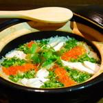 真鯛といくらの土鍋御飯