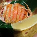 文珠荘 - 料理写真:別に 頼んだ ☆☆☆こっぺ蟹  3000円   食べログの写真見せて こんな感じの蟹食べたいと話したら こっぺ蟹ですね  と 調理場に 尋ねて くれ 2杯ありますと  一杯ずつ  いただきました