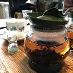 カフェ モアラ - 有機ダージリン ( 500円 )