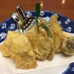 薮伊豆総本店 - 天ぷらです。