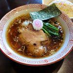自家製麺 KANARI - 料理写真:自家製麺KANARI(ランチセット/中華そば・醤油+半チャーハン 900円 ※中華そばアップ)