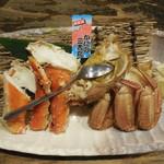 82727066 - カニの二種盛り                                                            (毛ガニ+タラバガニ)