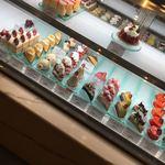 パティシェ ジュン ホンマ - ケーキ