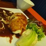 カフェカリーノ - 料理写真:デミグラスソース ハンバーグ。