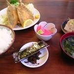 ふる川 - 日替わり定食 ¥780(アジフライ2枚)