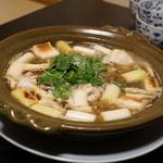 和食酒どこ おがた - まる鍋