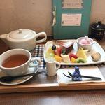 あおくまカフェ - 桜ベイクドチーズケーキ