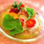 82743330 - 前菜 天然鮮魚(ブリ)のカルパッチョ