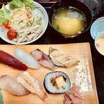菊前寿司 - 料理写真:お寿司ランチ(1080円)