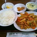 華林 - 鶏肉の四川風辛子炒め